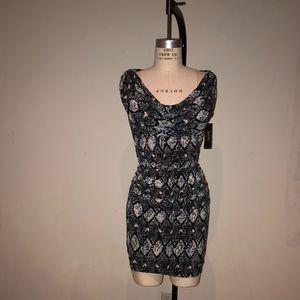 NEW LAUNDRY by Shelli Segal dress